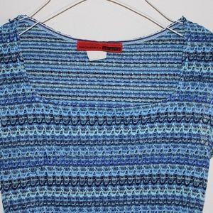 Tops - Blue knit crop top